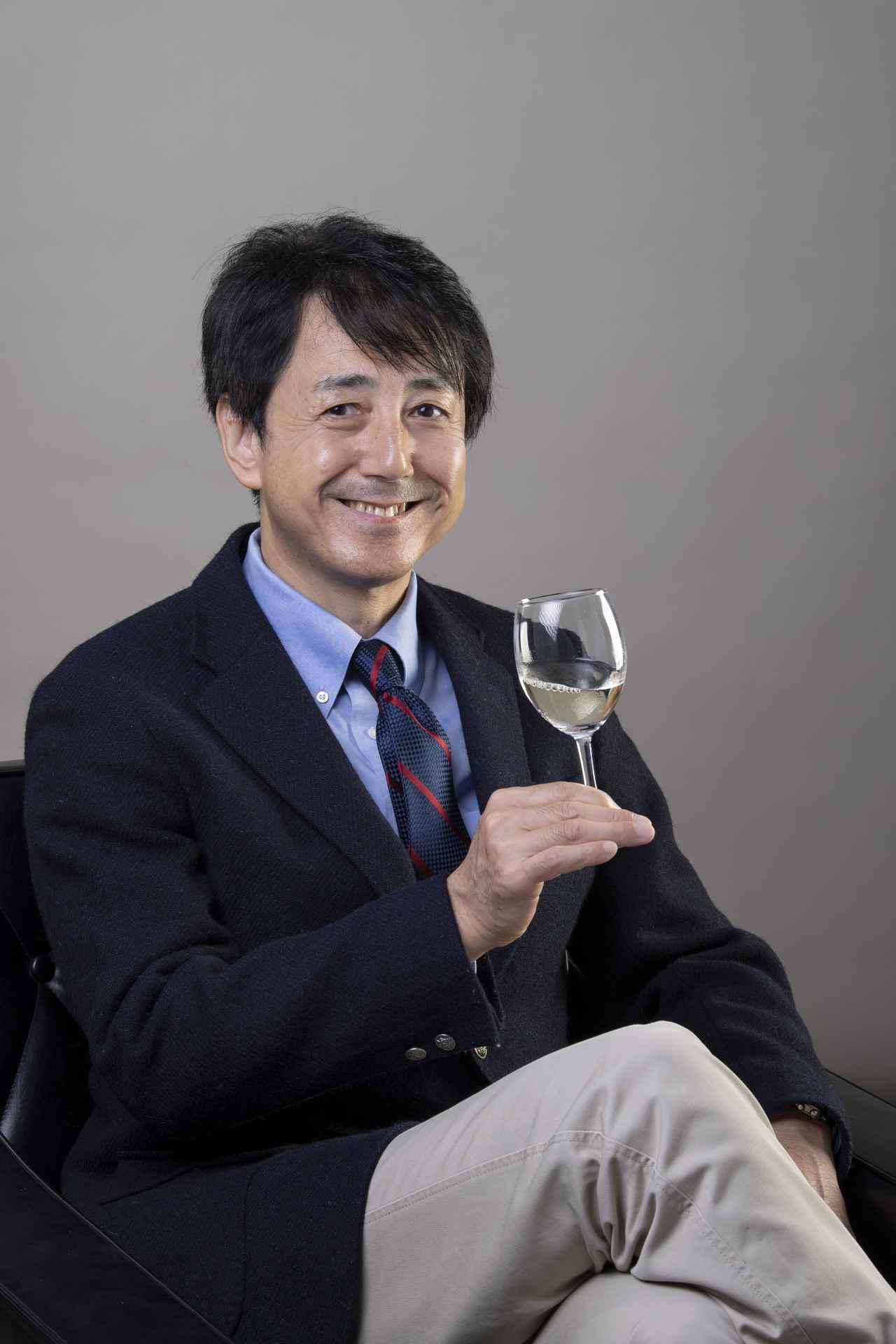 画像: 講師/川邉久之氏 エノログ(ワイン醸造技術管理士)。1988年に渡米、ナパ・ヴァレーで日本人初の醸造責任者として活躍。帰国後、コンサルタント、審査員、醸造専門学校講師等を歴任。2009年「高畠ワイナリー」取締役製造部長。2019年「ŒNOLUTION」設立