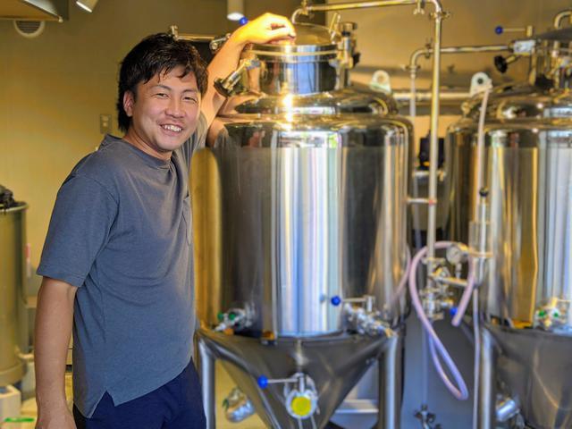画像: ◀Nakatsu brewery ブルワー鈴木 悟氏