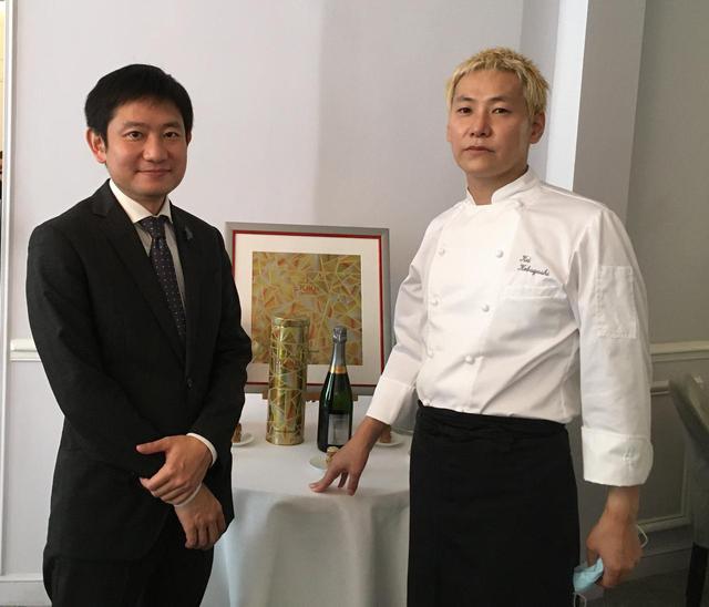 画像: 日本人シェフとして初めてフランスで3ツ星を得た小林圭氏(右)と、「レストランKEI」のソムリエ北尾重次氏