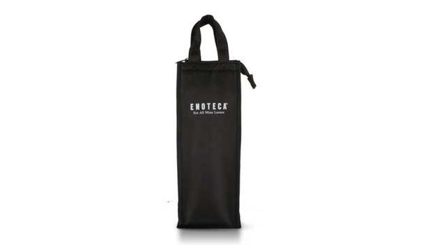 画像: エノテカオリジナルワインバッグ 1本用 黒 高さ370mm×幅135mm×奥行130mm 価格:1500円(税別)