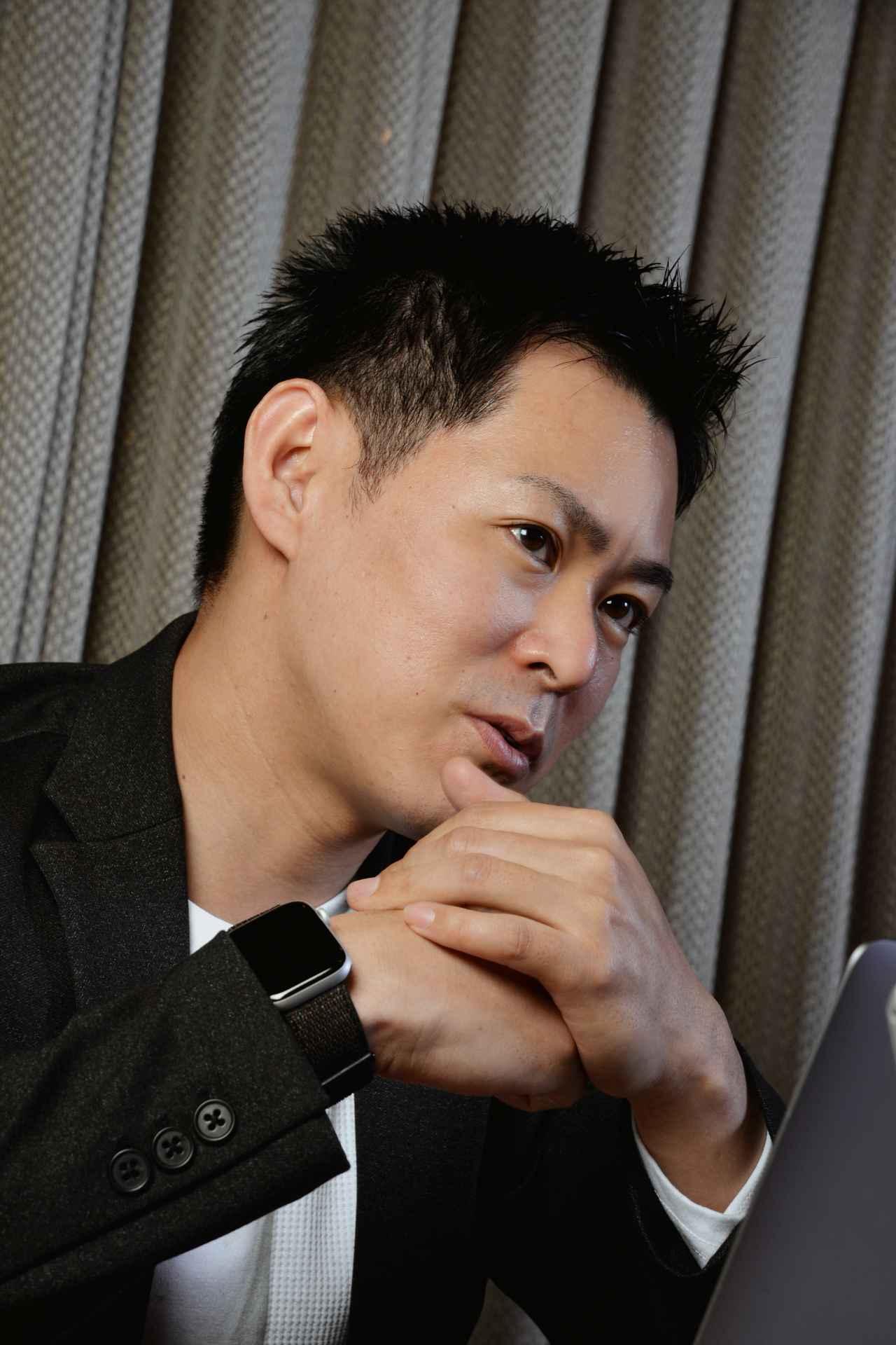 画像: 井黒 卓(いぐろ たく) レストラン「ロオジエ」ソムリエ。2020年「第9回全日本最優秀ソムリエコンクール」(日本ソムリエ協会主催)優勝。21年に行われる「アジア・オセアニア最優秀ソムリエコンクール」(国際ソムリエ協会主催)で日本代表を務める