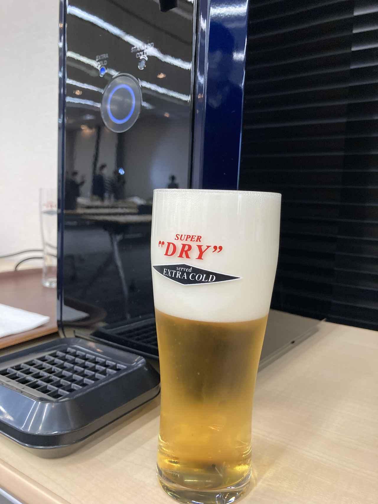 画像: クリーミーでもっちりとした泡が簡単に完成。飲み心地はまさにお店で飲む生ビール!