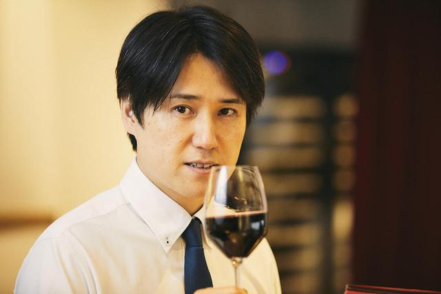 画像: 田邉公一氏 Koichi TANABE ワインディレクター。ワインスクール「レコール・デュ・ヴァン」講師。「タイソンズ アンド カンパニー」「アニス」「アミュゼ」などのレストランや、イベントのワイン監修を手掛けている