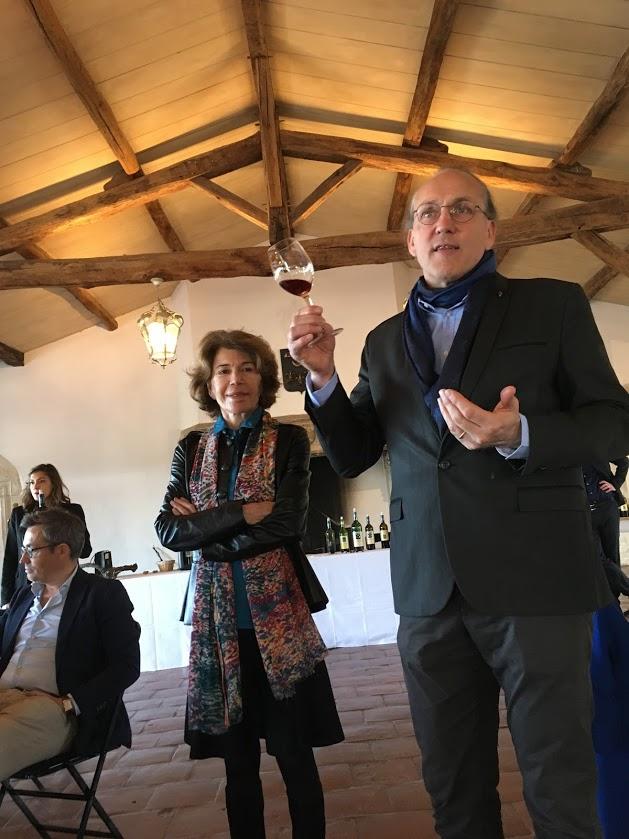 画像: 生産責任者のファビアン・テガン氏(左)とフロランス・カティヤールさん