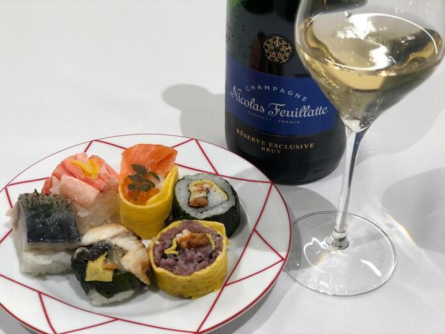 画像: てまり寿司とのマリアージュを体験。魚の持つ旨味がミネラル感と同調。酢飯の程よい酸との相性も良い