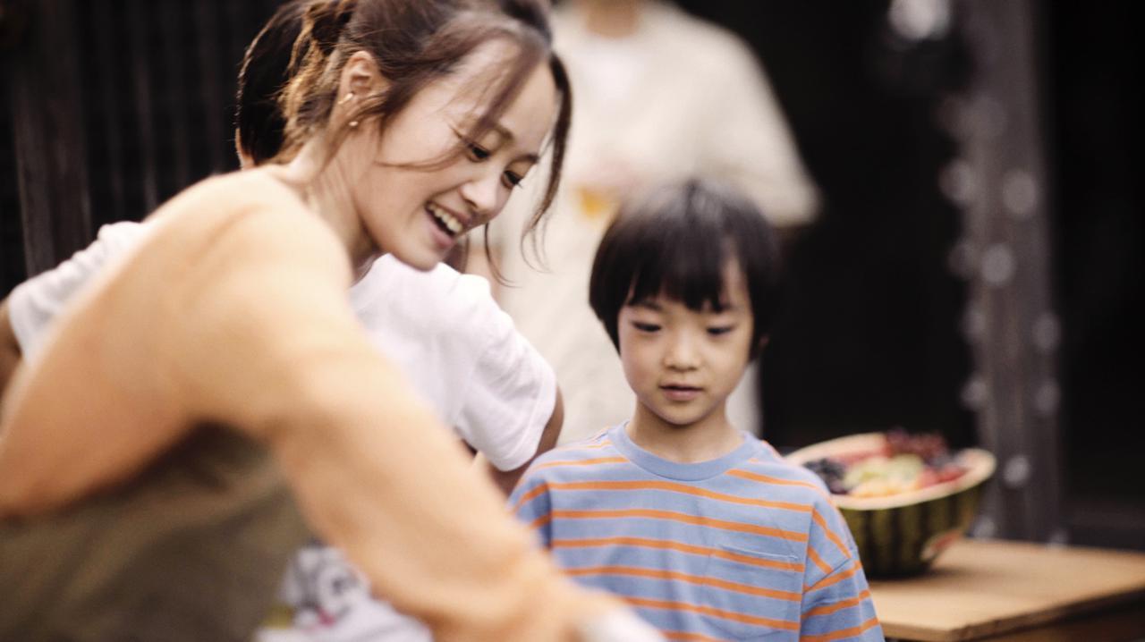 画像: 「DREAMBEER」新CMのイメージソング決定!シンガーソングライターNakamuraEmiが「いただきます」をCM内でも歌唱