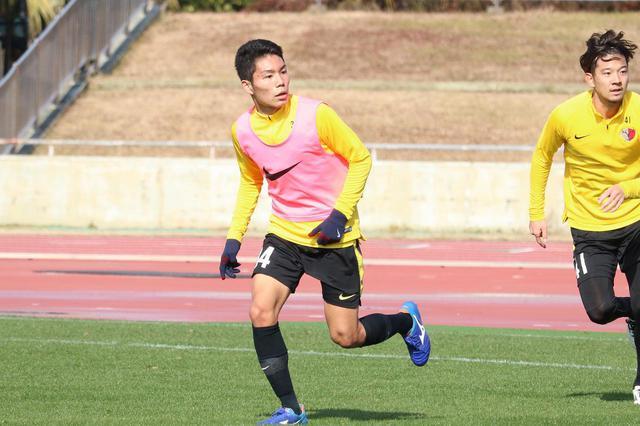 画像: 【鹿島】昨季主力のプレー強度を体感した松村「厳しさは当たり前」 - サッカーマガジンWEB