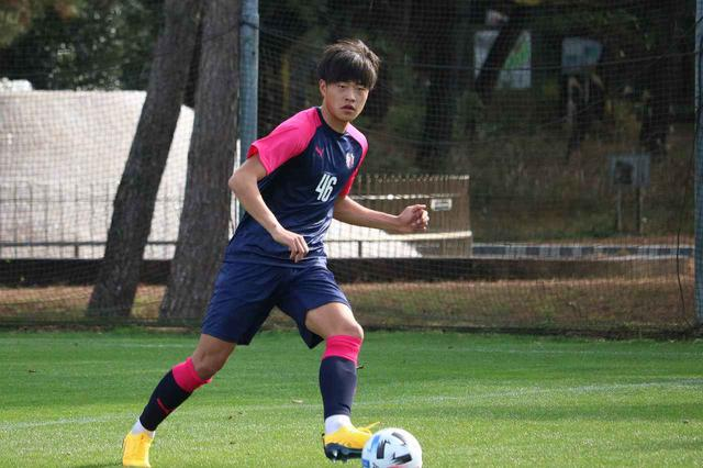 画像: 【C大阪】トップに帯同する左利きの大型CB田平「大きなチャンス」 - サッカーマガジンWEB