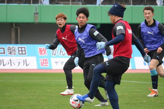 画像: 【磐田】先輩の番号を継ぐルーキー清田「自分もJ1昇格に貢献したい」 - サッカーマガジンWEB