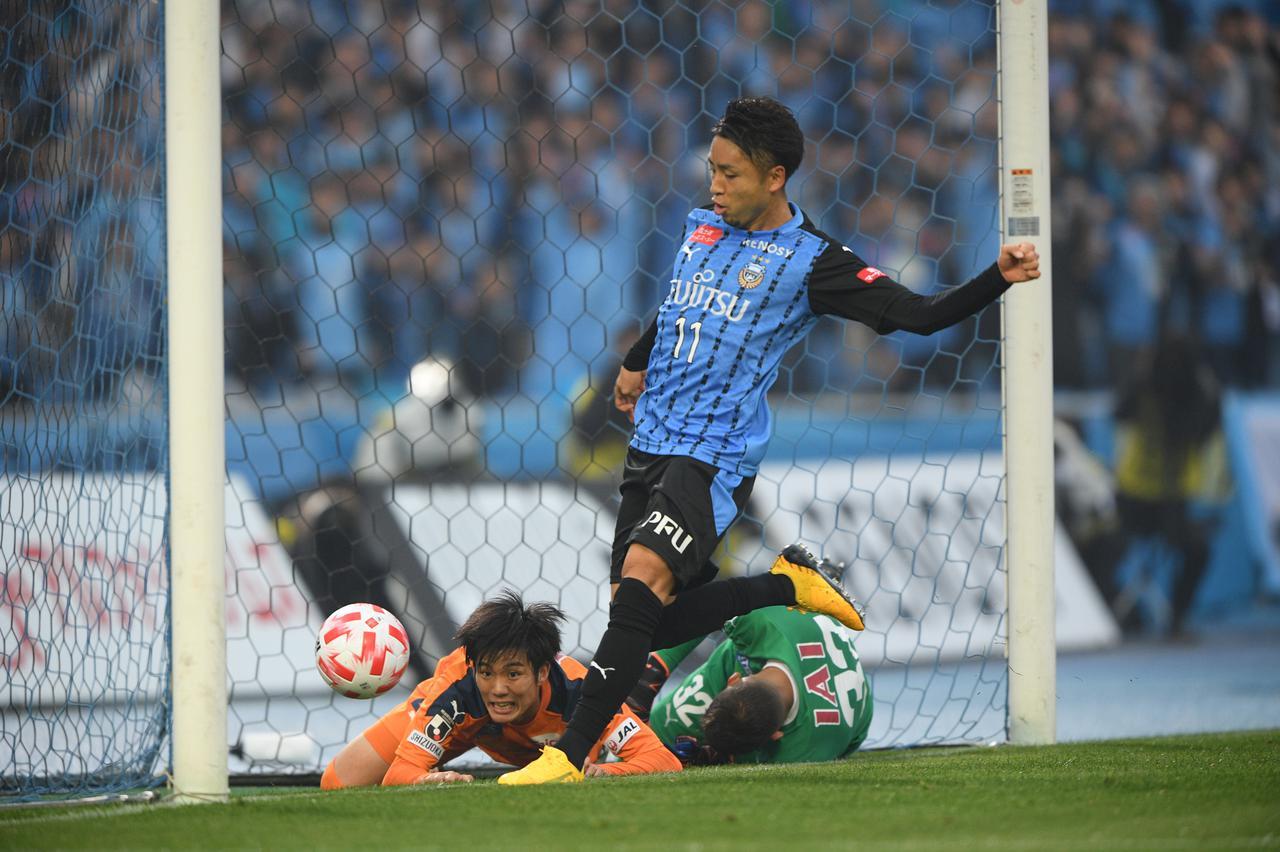 Images : 2番目の画像 - ゴールラッシュでルヴァンカップ開幕戦に勝利した川崎F(写真◎J.LEAGUE) - サッカーマガジンWEB