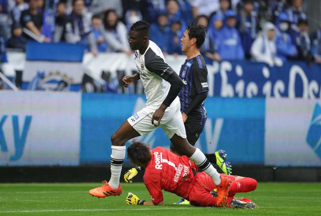 画像: 前半に挙げたオルンガの得点を守り切って柏が敵地がG大阪に勝利を収めた(写真◎J.LEAGUE)