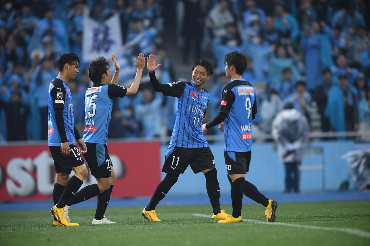Images : 3番目の画像 - ゴールラッシュでルヴァンカップ開幕戦に勝利した川崎F(写真◎J.LEAGUE) - サッカーマガジンWEB