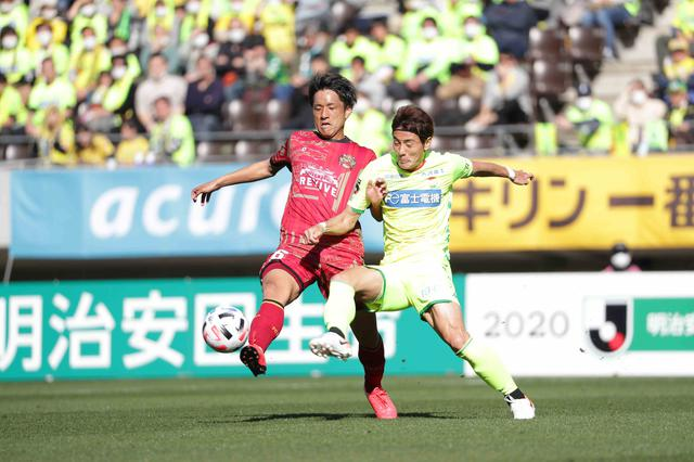 画像: 開始1分で米倉がゴールを決め、千葉が琉球を下した(写真◎J.LEAGUE)