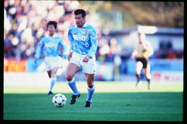 画像: 闘将と呼ばれたドゥンガはジュビロ磐田で若い選手たちに勝者のメンタルを伝えた(写真◎J.LEAGUE)