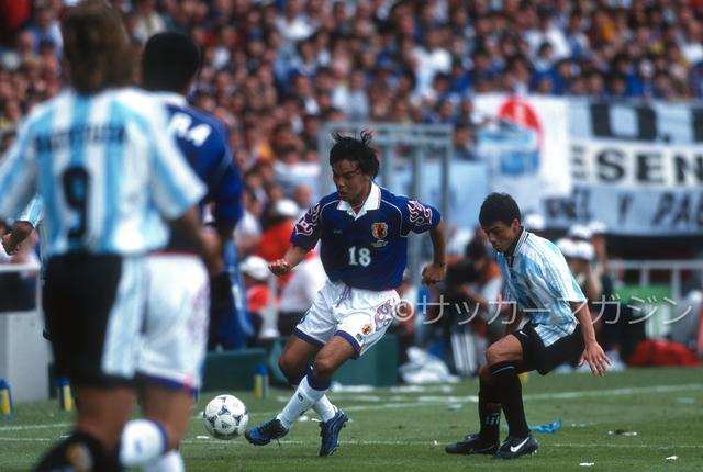 画像: 記念すべきW杯初戦のアルゼンチン戦は0-1で敗れた。写真は城彰二(写真◎サッカーマガジン)