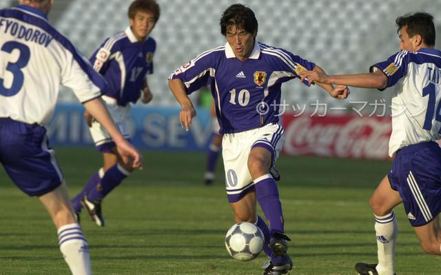 画像: アジアカップ2000のMVPに輝いた名波浩(写真◎サッカーマガジン)