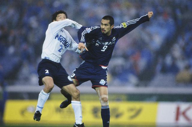 画像: 2ndステージ最終節、久保竜彦の劇的なゴールで横浜FMが磐田を下し、優勝を引き寄せた(写真◎J.LEAGUE)