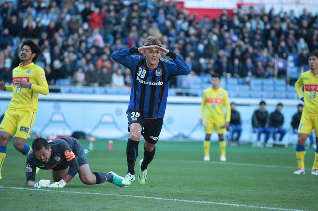 画像: 天皇杯決勝で山形相手に2得点を挙げたG大阪の宇佐美貴史(写真◎サッカーマガジン)