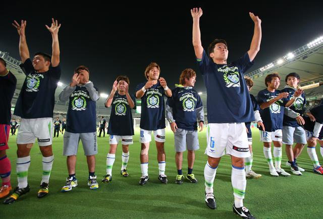 画像: J2は湘南が圧倒的な強さで優勝、昇格を決めた(写真◎J.LEAGUE)