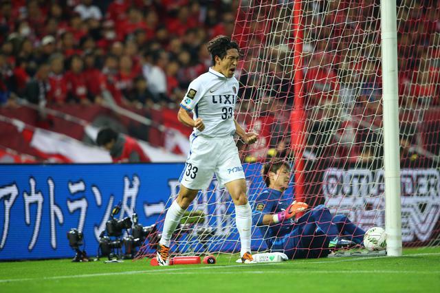 画像: CS決勝第2戦で2得点を挙げた金崎夢生。優勝を呼び込んだ(写真◎J.LEAGUE)