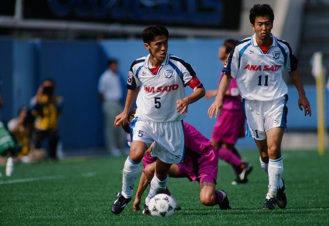 画像: 横浜フリューゲルス時代(1993-98)/写真◎J.LEAGUE