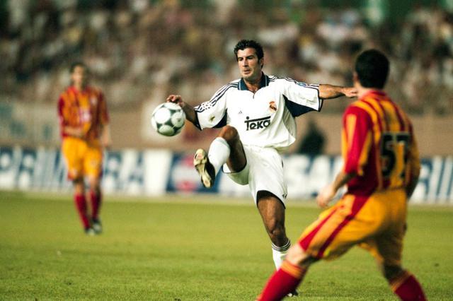 画像: 2000年夏に宿敵バルセロナからフィーゴを獲得(写真◎Getty Images)