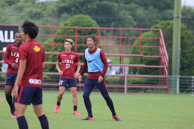 画像: リーグ再開まであと10日。連日ハードな練習で調整を続けている(写真◎鹿島アントラーズ)