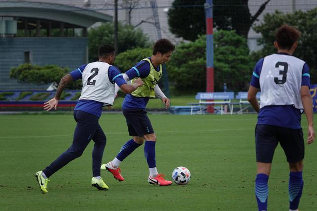 画像: 7月1日の練習で。超過密日程を乗り切るために、コンディションを上げていく 写真◎FC東京