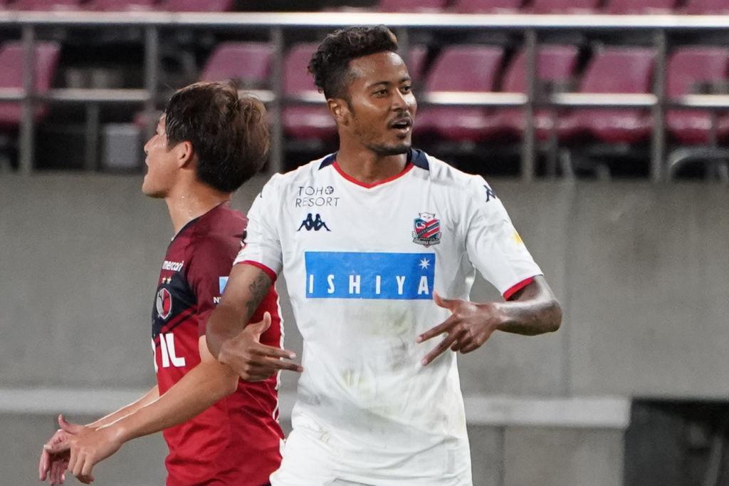 画像: 札幌の鈴木武蔵は2試合連続ゴールでチームに勝利をもたらした(写真◎Getty Images)