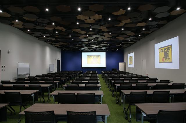画像: 2階にあるカンファレンスルーム。代表のメンバー発表がおこなれる可能性もあるという