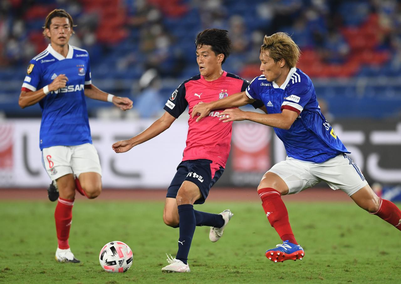 Images : 1番目の画像 - 9月の前回対戦では2-1でC大阪が勝利。途中出場の高木俊幸が決勝点を奪った(写真◎Getty Images) - サッカーマガジンWEB