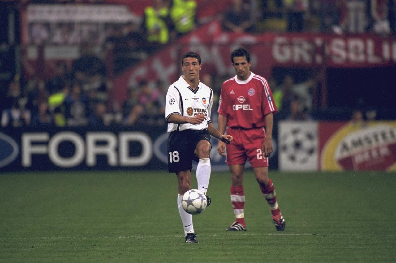 Images : 3番目の画像 - 【写真】クーペル監督と当時のバレンシアの選手たち(写真◎Getty Images) - サッカーマガジンWEB