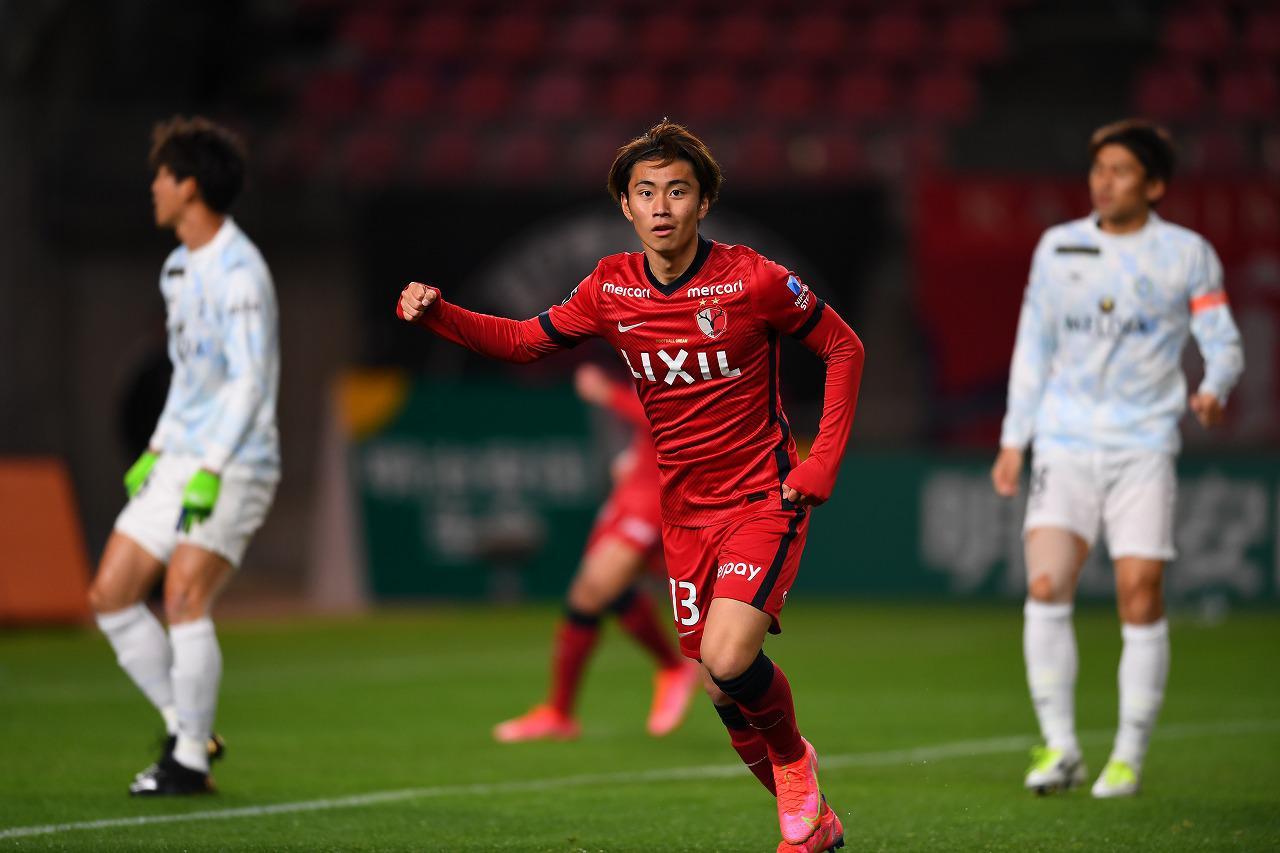 Images : 1番目の画像 - 鹿島アントラーズは、リーグ戦では3月10日の湘南ベルマーレ戦以来の勝利を挙げた(写真◎J.LEAGUE) - サッカーマガジンWEB
