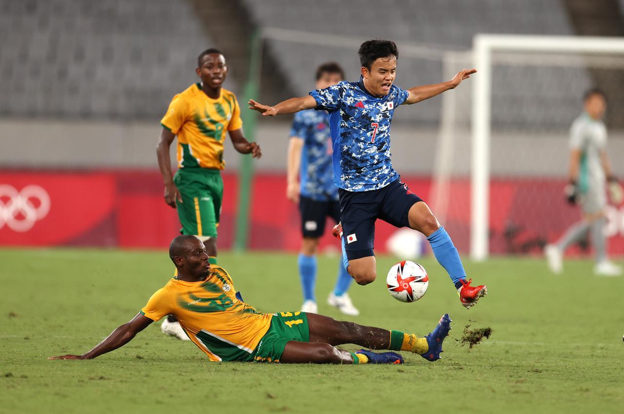 Images : 2番目の画像 - 【写真】南アフリカ戦でプレーする田中碧と久保建英(写真◎Getty Images) - サッカーマガジンWEB