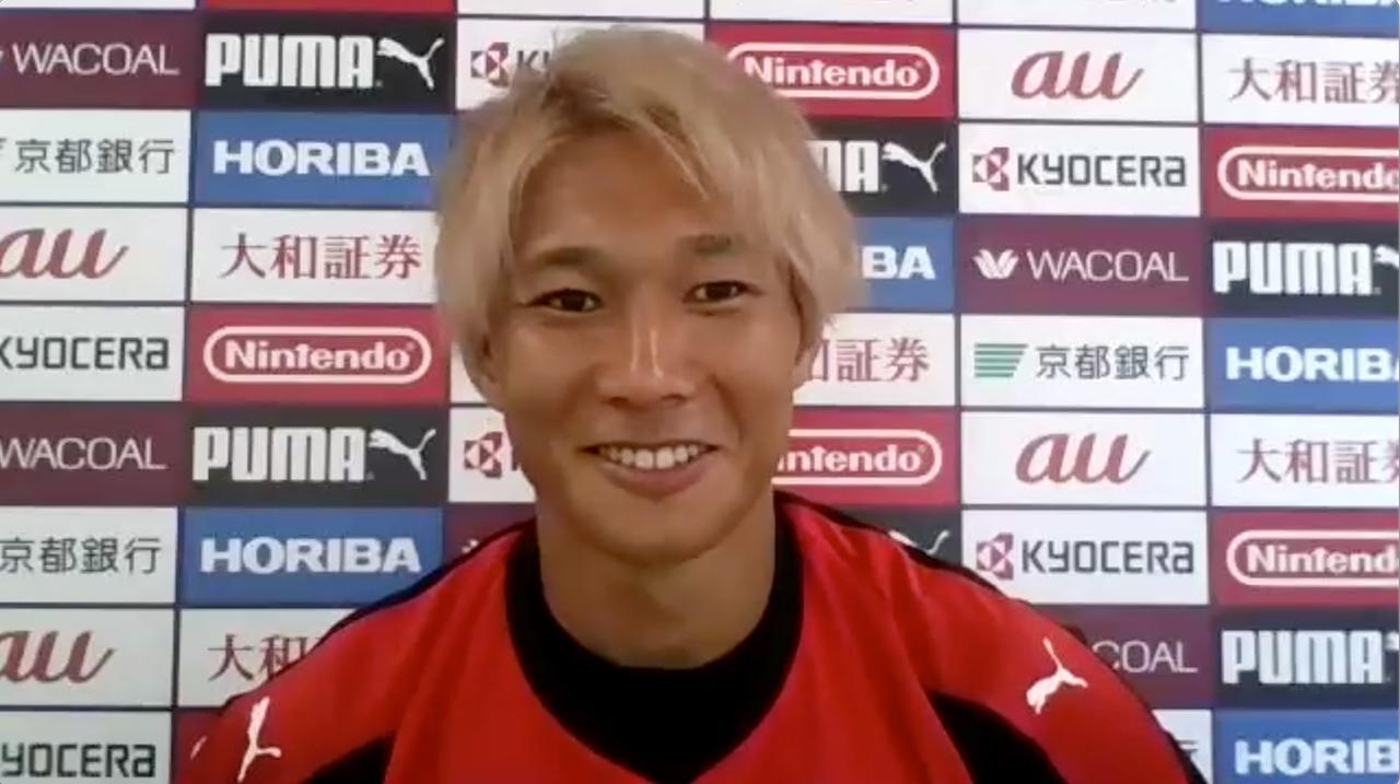 Images : 3番目の画像 - 上写真=飯田貴敬は前半戦でゴールは1。「アシストやゴールのところが物足りないので、伸びしろだと感じています」(写真提供◎京都サンガF.C./スクリーンショット) - サッカーマガジンWEB