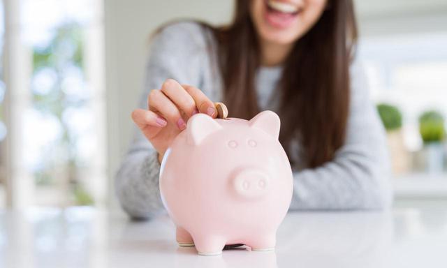 画像: 保険と貯蓄を両立する「貯蓄型保険」とは? しくみと種類をわかりやすく解説 - マネコミ!