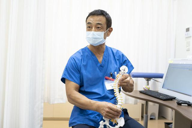 画像: アレックス脊椎クリニックの吉原院長