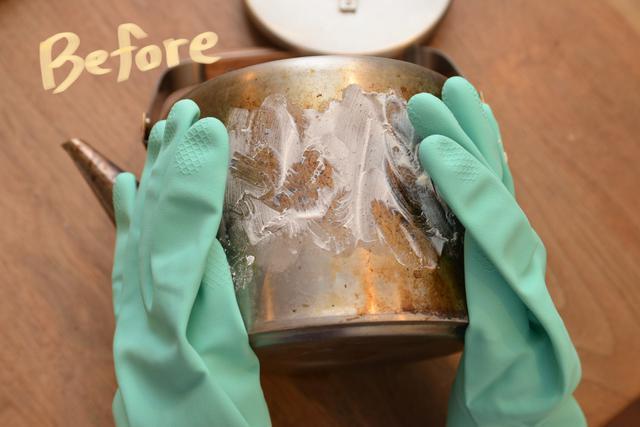 画像2: ①ガンコな汚れは練りクレンザー×ゴム手袋で磨くべし