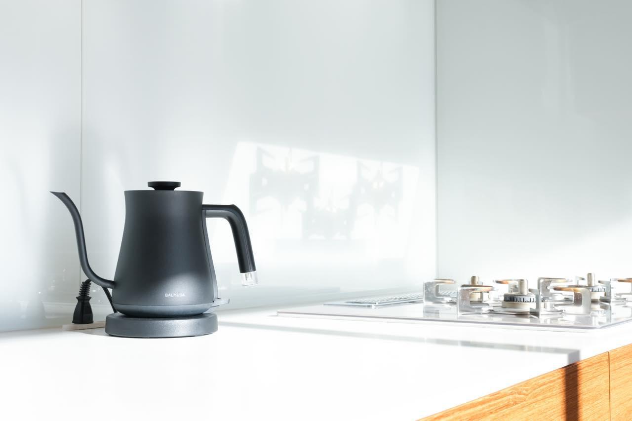 画像: 機能性が高く、心を豊かにしてくれる電気ケトル BALMUDA The Pot/BALMUDA