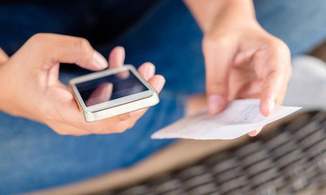 画像: 【弁護士監修】携帯代が支払えない時の正しい対応と4つの重大リスクを解説 - マネコミ!