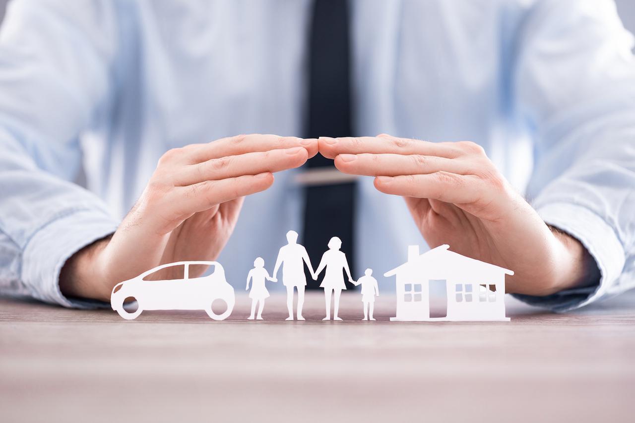 画像1: 【保存版】保険の役割と特徴を種類別に徹底解説。選び方のポイントとは?