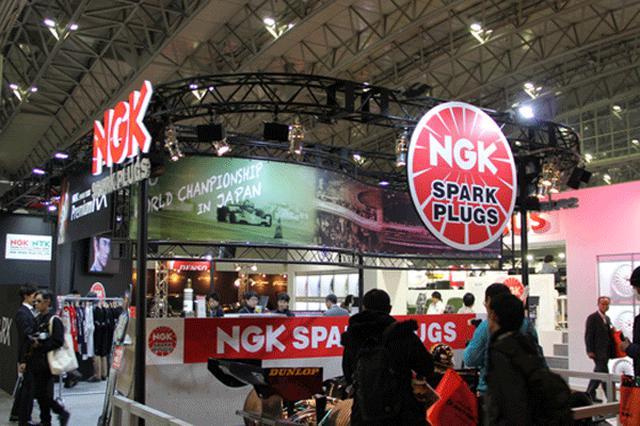 画像: NGKのブース