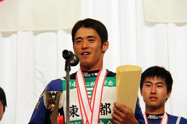 画像: 一般Bクラス優勝の古賀弘樹選手(東京)