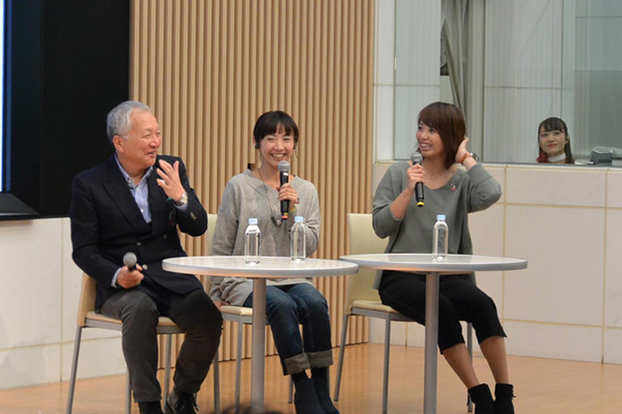 画像: バイクフォーラム「カブとともに」。左より中部博さん、下館あいさん、小玉絵里加選手