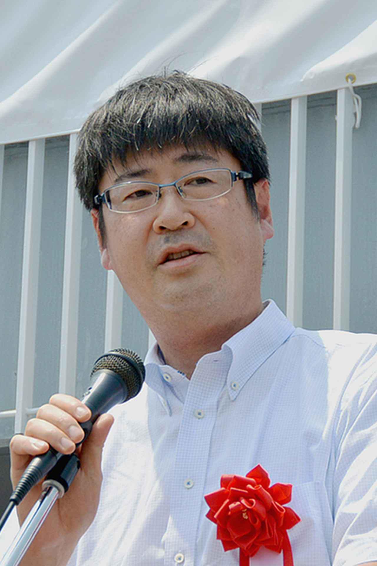 画像: 来賓を代表してあいさつする早川警察庁運転免許課長