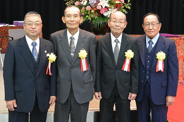 画像: 日本二普協推薦で受賞した(左から)清水氏、中山氏、酒井氏、渡邉氏