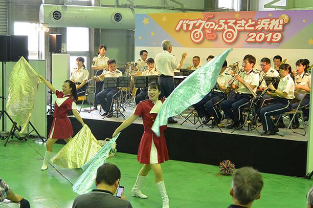 画像: 県警音楽隊演奏