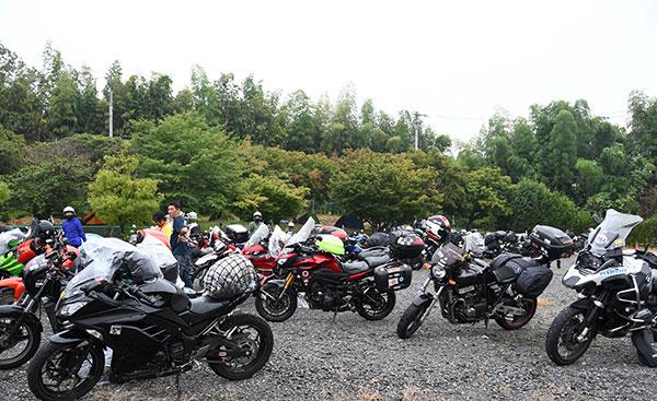 画像: 関東からバイクで自走してきた人も多い