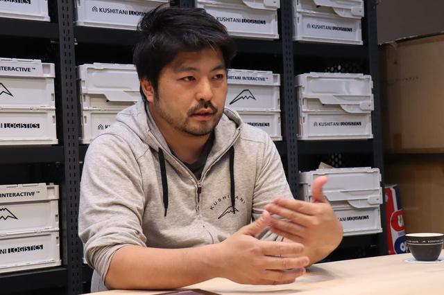 画像: 新店舗について話す櫛谷信夫常務取締役
