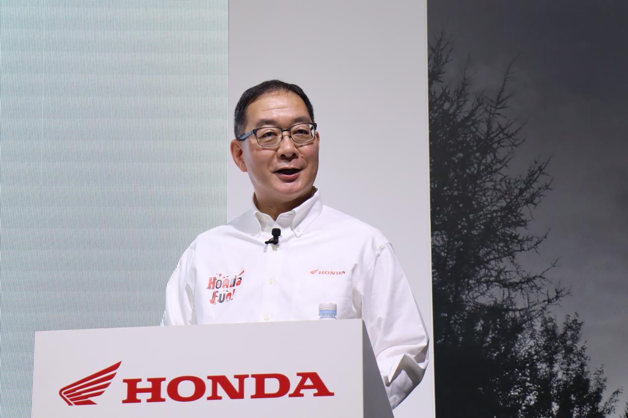 画像: 新たな施策を発表するHMJ加藤社長